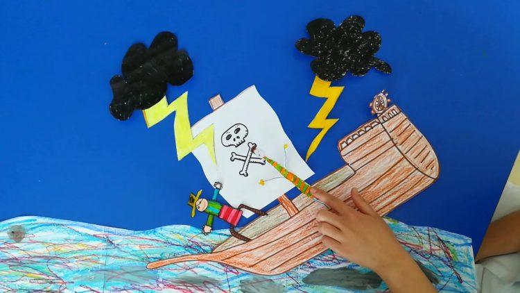 Animación infantil en 2d de un barco hundiéndose